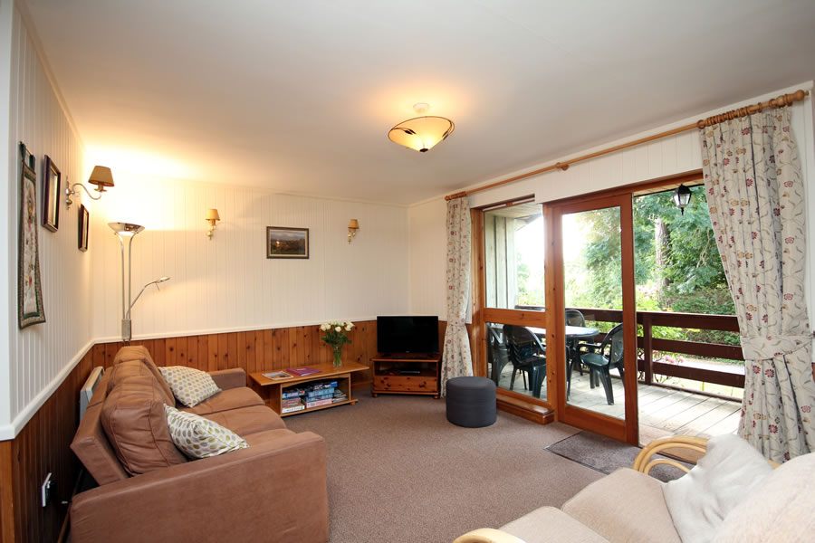 Cherry Lodge Lounge