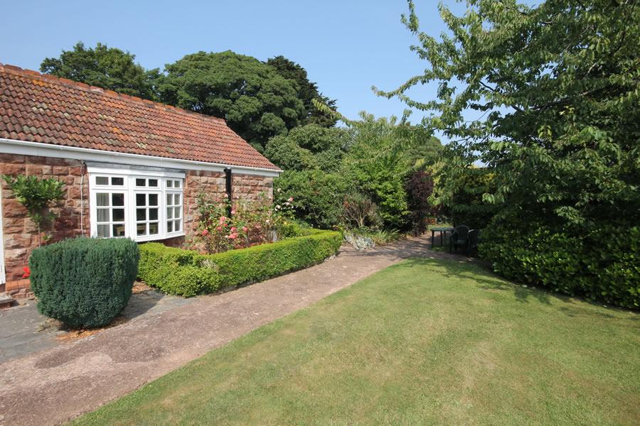 Rose Cottage in Minehead, Exmoor. Sleeps 2