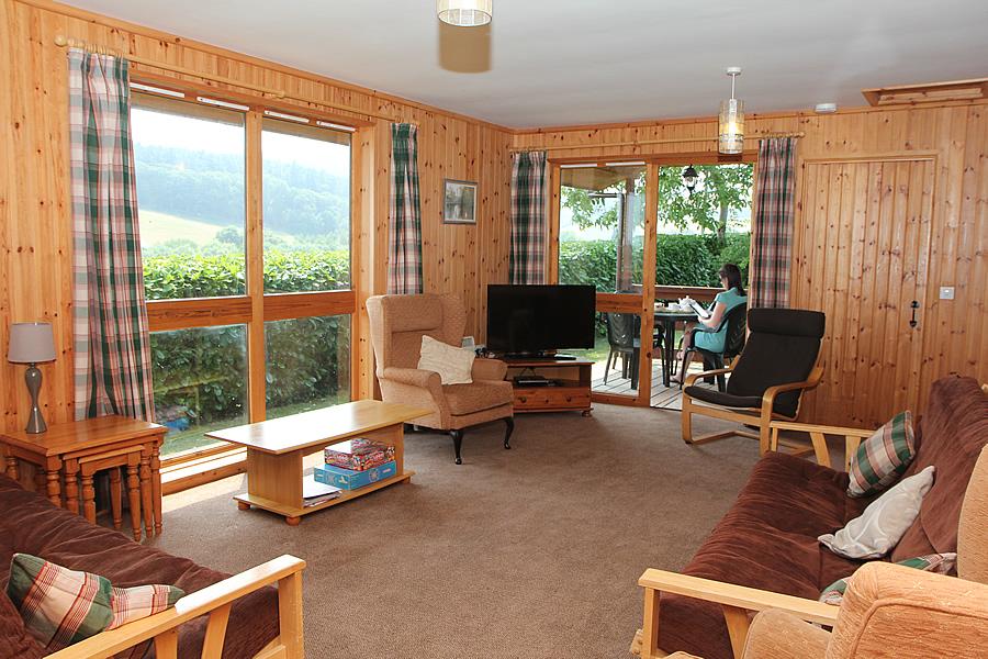 Holly Lodge Lounge Veranda