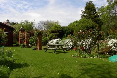 Woodcombe Lodges - 3 Acres of Gardens